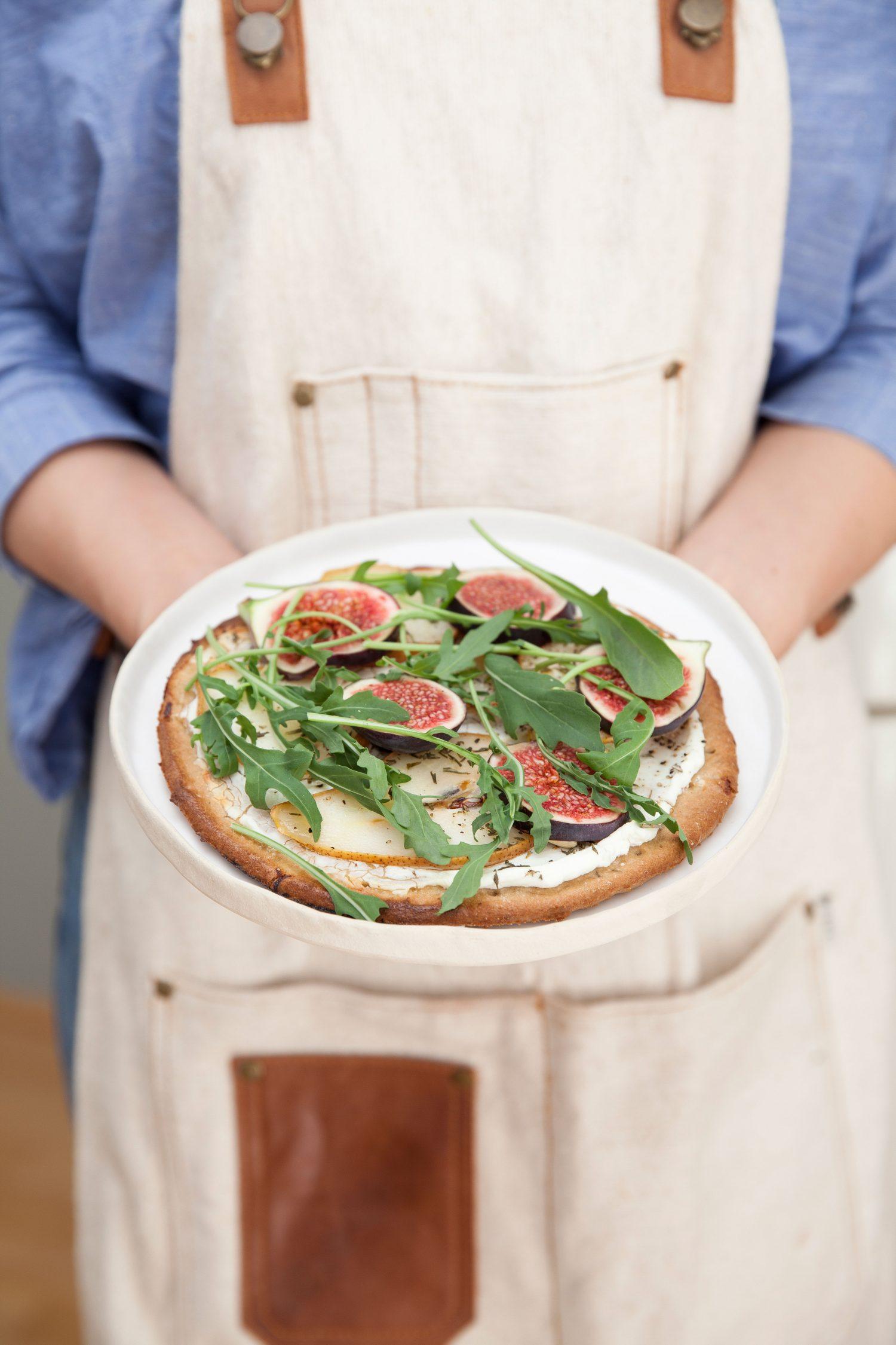 Glutenfreie-Birnen-Ziegenfrischkäse Pizza